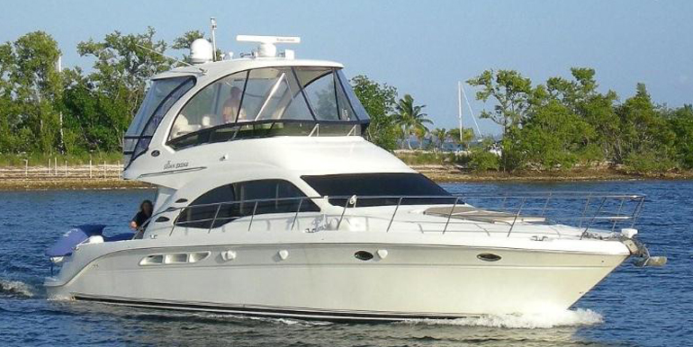 SEA RAY 52′ Sedan Bridge